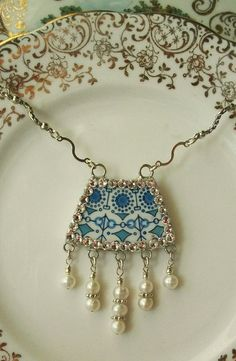 Broken China Necklace Josie by KellyCoCreativeArts on Etsy, $32.00