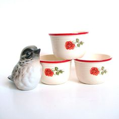 Vintage Pottery Custard Cups / Ramekins Circa 1940s Cream Color with Red Rose and Rim (3 Dishes) Vintage Kitchenware (WB2)