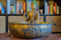 Affinity for antiques home tour of Rushika & Dipkal's - the brass buddha at the corner of the living room Palo Alto Apartment, House Interior Decor, Decor, Decorating Blogs, Bronze Decor, Candle Stand, Elements Of Color, Vintage Decor, Decorative Bowls