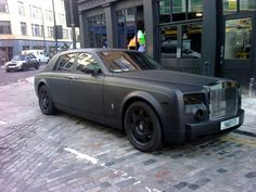 Rolls Royce Phantom matte black