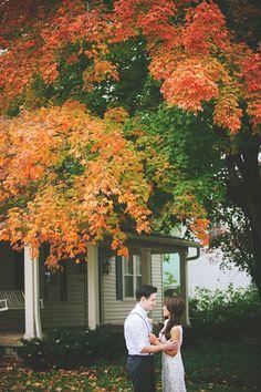 Garden Wedding Venue | Vintage Fall Wedding - Photo: Jessie Holloway