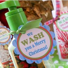 Motherhood in the Major Leagues : DIY: Christmas Neighbor Gifts Neighbor Christmas Gifts, Neighbor Gifts, 12 Days Of Christmas, Christmas Holidays, Merry Christmas, Christmas Ideas, Cheap Christmas, Christmas Soap, Christmas Stuff