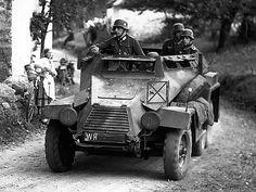 A SdKfz 247 light armored car German Soldiers Ww2, German Army, Army Vehicles, Armored Vehicles, Armored Car, Drones, Erwin Rommel, Military Armor, Ww2 Tanks