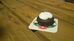 Guinnes Cupcake with frosting - IL GREMBIULE INFARINATO -