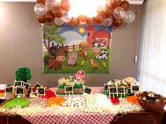 Farm Yard Birthday Party, Cow Birthday, Minions, Baby, Farm Birthday Cakes, Baby Farm Animals, Farm Party Decorations, Beautiful Things, Paintings