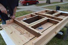 attach ice box frame to patio table top Kruse's Workshop on Remodelaholic Bar Building Plans, Building A Patio, Diy Outdoor Table, Diy Patio, Patio Tables, Picnic Tables, Woodworking Bench Plans, Woodworking Mallet, Woodworking Classes