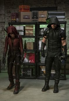 Arrow 4x02 - Green Arrow (Oliver Queen) & Speedy (Thea Queen)