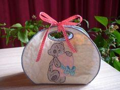 Petit panier Burlap, Blog, Reusable Tote Bags, Christmas Ornaments, Holiday Decor, Amigos, Embroidery, Bag, Hessian Fabric