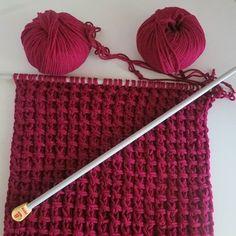 New knitting stitches tutorial hats 47 Ideas Knitting Designs, Knitting Projects, Knitting Patterns, Crochet Patterns, Hat Patterns, Crochet Scarf Tutorial, Hat Tutorial, Loom Knitting Stitches, Easy Knitting