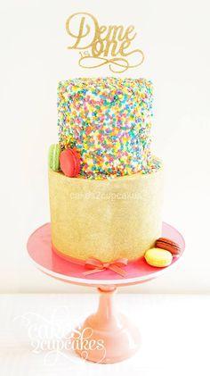 Gold glitter and confetti...such a fun cake.