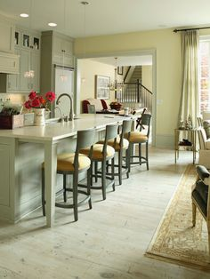 Chic Kitchen....love the bar stools & the island!