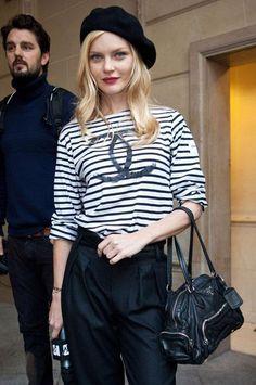 Beret et marinière- perfect parisian outfit