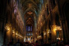 http://www.deviantart.com/download/105410735/Notre_Dame_inside_by_Ditze.jpg