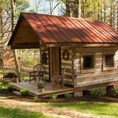 Log cabins 413346072035951667 - Boone Vacation Rental – VRBO 93419 – 2 BR Blue Ridge Mountains Cabin in NC, Antique Log Cabin-Near Boone-New Kitchen/Dsl/Hd TV Source by sebastienespagn Small Log Cabin, Tiny Cabins, Tiny House Cabin, Little Cabin, Log Cabin Homes, Cabins And Cottages, Cozy Cabin, Little Houses, Tiny Houses