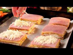 6 cartofi si un pic de imaginatie, un gust minunat! | SavurosTV - YouTube Ketchup, Canapes, Bruchetta, Tuna, Quiche, Side Dishes, Sandwiches, Brunch, Potatoes