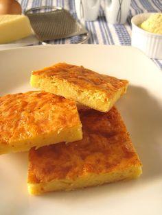 Κασερόπιτα με γιαούρτι χωρίς φύλλο -  (kaseri,ρεγκατο,γιαοθρτι,καλαμποκαλευρο,αυγα,αλατι πιπερι,μοσχοκαρυδο )