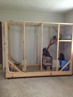 Great idea for a temporary cat cage we could construct for our 4 kitties once we get moved. This would be much better than living in cages while we create a kitty-proof room for them in our new home.