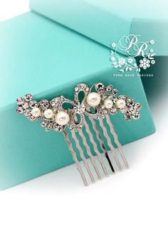 Side or top comb - pearl and rhinestone