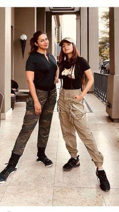 Celebrity Fashion Looks, Celebrity Style, Actress Aishwarya Rai, Newest Tv Shows, Couple Photography Poses, Indian Designer Wear, Business Fashion, Casual Wear, Celebs