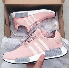 new arrivals b299c e0549 Tenis adidas para mujer 2019 Pink Adidas Shoes, Sneakers Adidas, Adidas  Colorful Shoes,