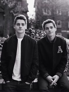 jack & finn harries.