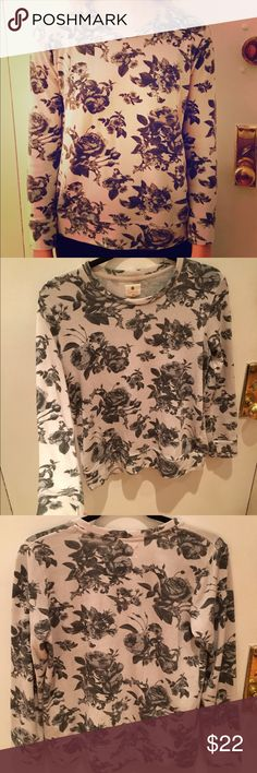Floral Sweatshirt Worn a few times but it is like new. Great alone or layered. Lightweight and super soft, supple quality cotton. White and Grey. Sundry Tops