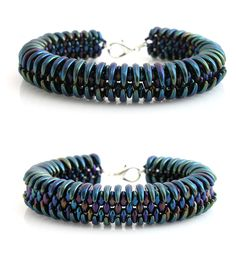 Double sided bracelet - made from superduo and crescent beads  http://www.sashe.sk/kacenkag/detail/dracie-zuby