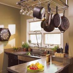 Tips a tener en cuenta para decorar una cocina estrecha
