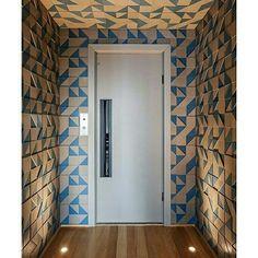 Inspiração ♡ #interiores #design #interiordesign #decor #decoração #decorlovers #archilovers #inspiration #ideias #hall #hallinterno