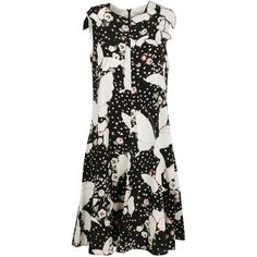 Butterfly and Floral Print Dress (5,295 PEN) ❤ liked on Polyvore featuring dresses, knee length skater skirt, circle skirts, floral skater skirts, floral dresses and sleeveless floral dress