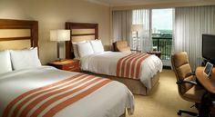 El Marriott Orlando World Center, situado en la región de Central Florida, ofrece 6 piscinas al aire libre, un campo de golf profesional y un spa.