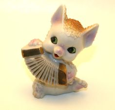 Vintage Accordion Cat Figurine (Made in Japan) Kitsch 50's