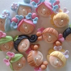 Cute Polymer Clay, Polymer Clay Dolls, Polymer Clay Crafts, Polymer Clay Jewelry, Diy Arts And Crafts, Hobbies And Crafts, Diy Crafts, Christmas Clay, Fondant Tutorial