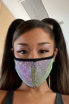 Ariana Grande Fans, Ariana Grande Photos, Ariana Grande No Makeup, Fall Makeup Looks, Fashion Face Mask, Celebs, Celebrities, Makeup Trends, Jennifer Lopez