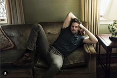 Armie Hammer, Annie Leibovitz, Portrait Poses, New Orleans, Actors, Photo And Video, Celebrities, Casual, Men