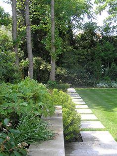 Grade 1 listed Nash Villa in Regents Park Landscape design; part of the Sarah Eberle Landscape Design portfolio Residential Landscaping, Outdoor Landscaping, Outdoor Gardens, Modern Gardens, Park Landscape, Garden Landscape Design, Landscape Architecture, Contemporary Garden, Garden Styles