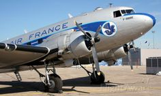 Photo of Douglas DC-3 (F-BBBE) ✈ FlightAware