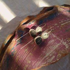 Sterling silver sea stone earrings. Beach pebble earrings. Sea Glass Jewelry, Stone Jewelry, Beach Stones, Earrings Photo, How To Make Earrings, Stone Earrings, Gift For Lover, Sterling Silver, Artemis