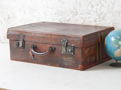 Leather Suitcase from our large range of vintage furniture and interiors #leathersuitcase #vintagestyle