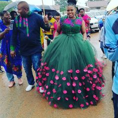African Traditional Wedding Dress, Traditional Wedding Attire, Tsonga Traditional Dresses, Dream Wedding Dresses, Wedding Outfits, African Wedding Attire, African Maxi Dresses, Fashion Dresses, Emo Fashion
