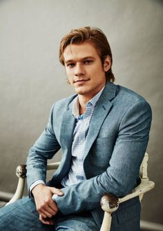 General picture of Lucas Till - Photo 3 of 176