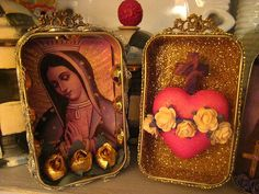 Altered Altoid Tins by La Chusma, via Flickr