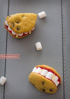 Galletas vampiro, una receta terrorífica para Halloween , Esta receta de galletas para Halloween son terroríficamente fáciles de hacer y muy divertidas. Las galletas vampiro fascinarán a los niños ¡pruébalas!