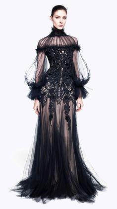 #McQueen #couture #fashion