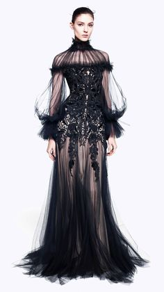 #McQueen #couture #fashion