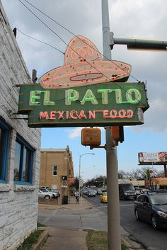 austin // texas // restaurants // tex-mex // guadalupe // daytime neon: to paraphrase a review on a website, churnin' it out since 1954