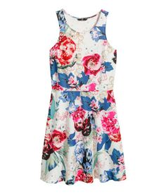 Jersey Dress WHITE FLORAL  $12.95 SUPER CHEAP. LOVE (WANT IT)