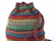 Mudd Striped Crochet Drawstring Backpack, for colour inspiration Crochet Backpack, Crochet Tote, Crochet Handbags, Crochet Purses, Love Crochet, Diy Crochet, Crochet Crafts, Crochet Projects, Drawstring Backpack
