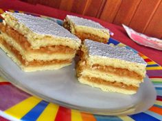 Prajitura cu mere My Recipes, Cake Recipes, Cooking Recipes, European Dishes, Romanian Food, Romanian Recipes, Good Food, Yummy Food, Food Cakes