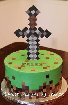 Awesome Minecraft birthday cake topped with steve creeper a pig and